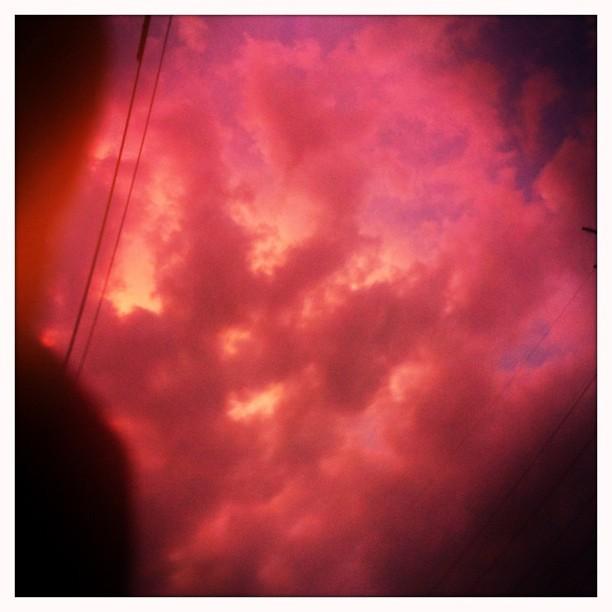 Anécdotas del cielo y de los cables.