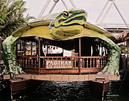 floating restaurant, bohol