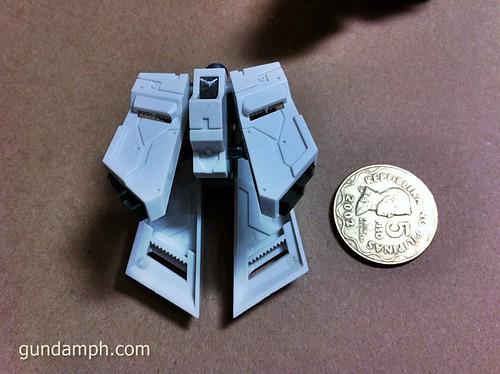 Building MC RX-93-2 Hi Nu Gundoom Gundam (10)