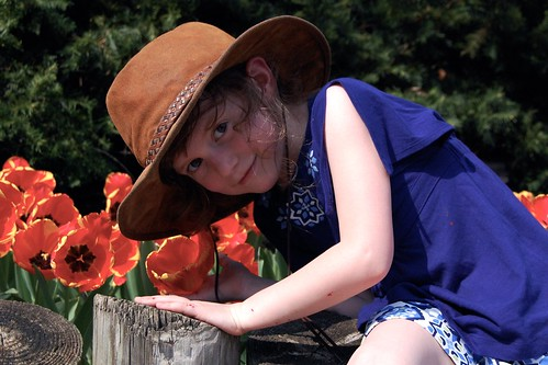Caits & the Flower