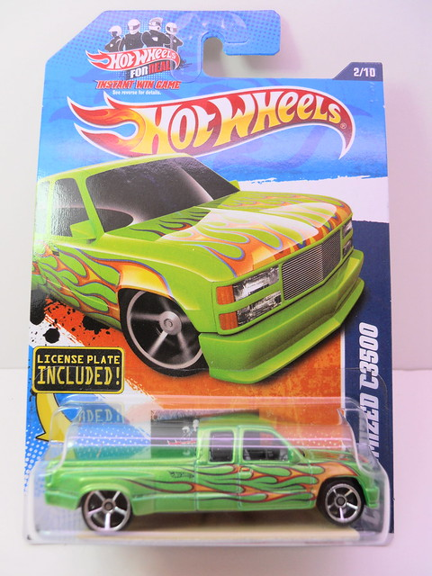 hot wheels customized c3500 green (1)