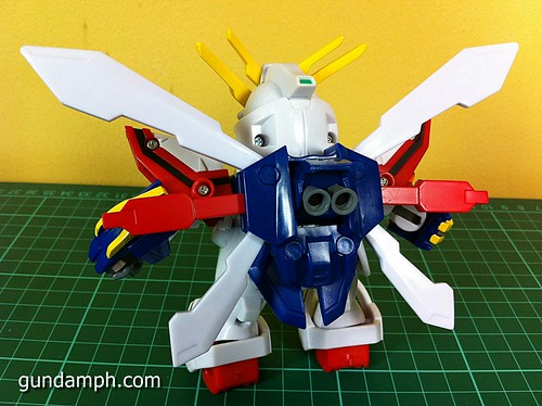 SD Archive God Gundam (23) Out Of Box Review