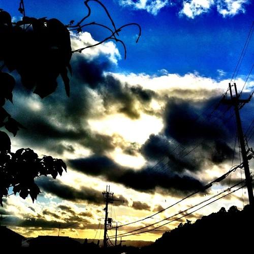 今日初の投稿です。今日も一日、お疲れ様でした。#sunset