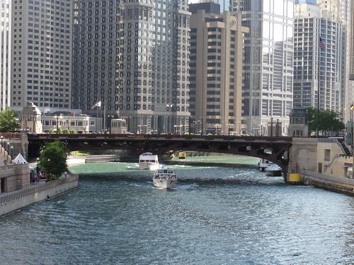 089/365 Chicago River