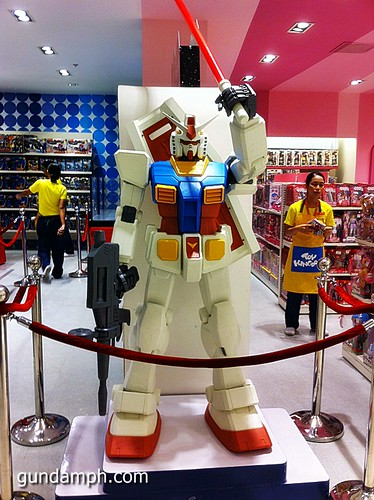 Toy Kingdom SM Megamall Gundam Modelling Contest Exhibit Bankee July 2011 (27)