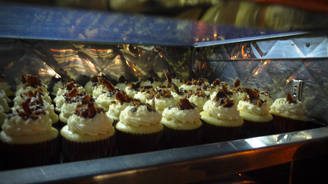 buttermilk cupcakes with maple/bacon frosting at 3-SUM-EATS, Off the Grid Haight