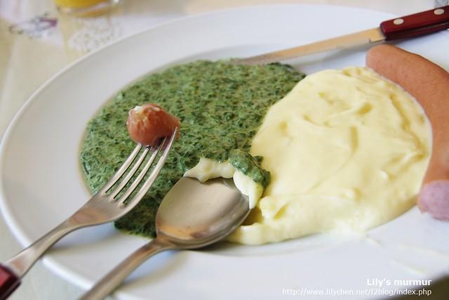 都不用嚼,吃不飽再多盛一點薯泥吧。薯泥會很容易有飽足感的。
