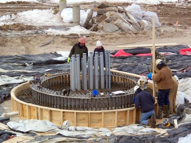 Cedar Point - WindSeeker Construction