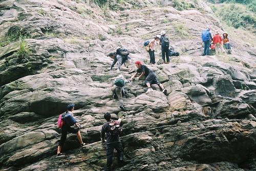 高難度又恐佈的一段,博命的攀爬