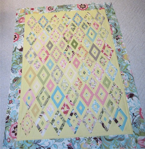 Hunky Dory Honey Bun Diamonds log cabin variation by Sandi Walton at Piecemeal Quilts