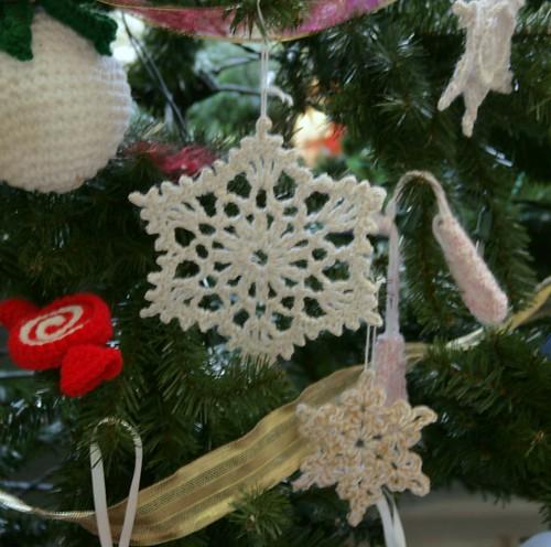Snowflake B & Crochet Snowflake
