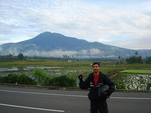 Lembah Gunung Selawah Agam