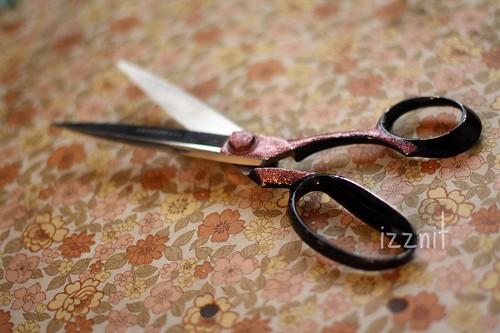Glitterized Scissors