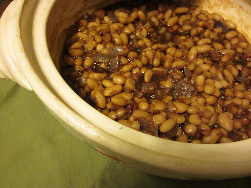Vegetarian baked beans in a crock