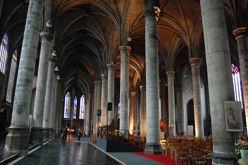 Inside L'Eglise Saint-Maurice