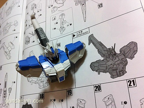 Building MC RX-93-2 Hi Nu Gundoom Gundam (9)