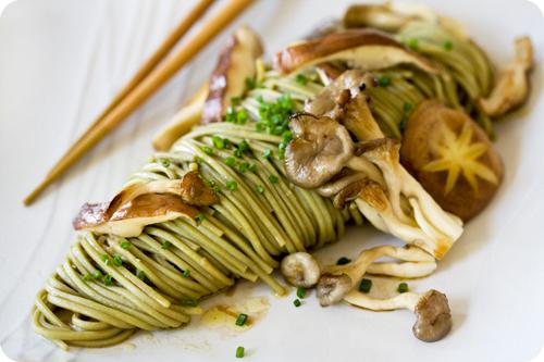 Green tea soba w wild mushrooms noodle 39 n thread - Wild mushrooms business ideas ...