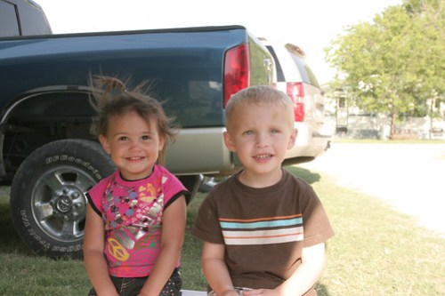 Kaidence and Caden hang out