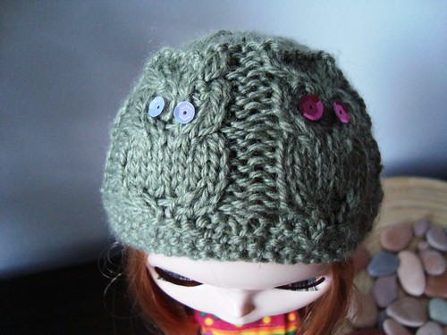 Howl knitted hat for Blythe -WIP