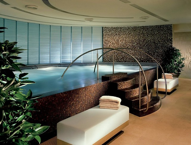 Four Seasons HK