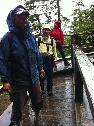 Nancy, Paulina and Leah in the rain