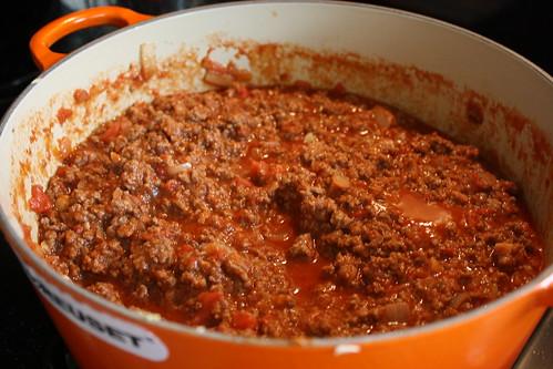 Macaroni, beef & cheese casserole