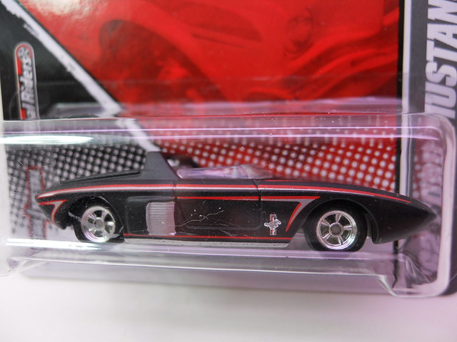 hot wheels garage '62 ford mustang concept blk (2)
