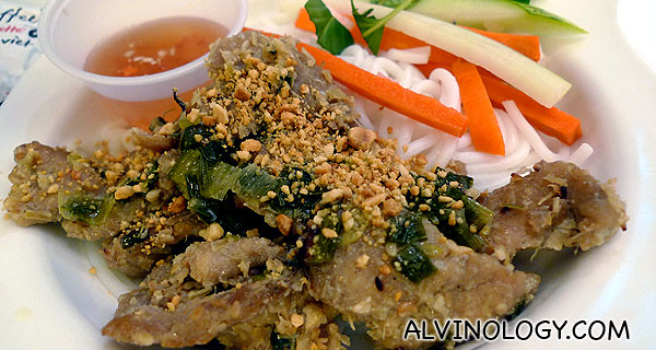 Vietnamese grilled pork with noodle