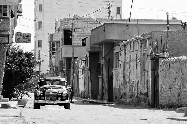 Rue et voiture