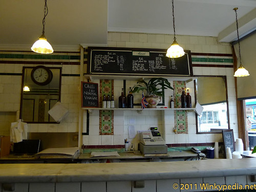 the Bonnie & Wild (M.Manze's traditional Pie & Mash hall)