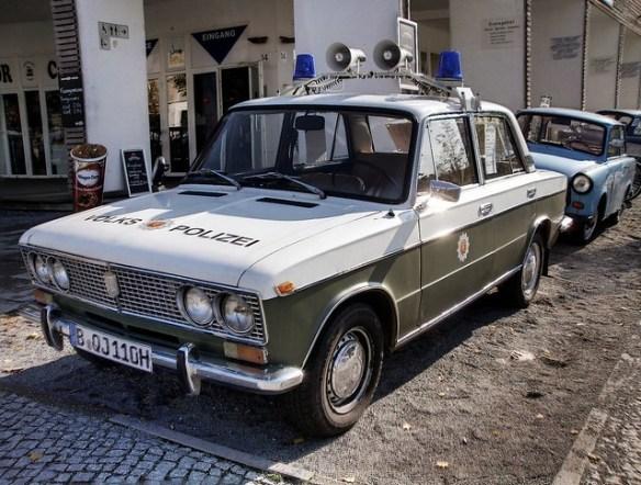 Volks Polizei