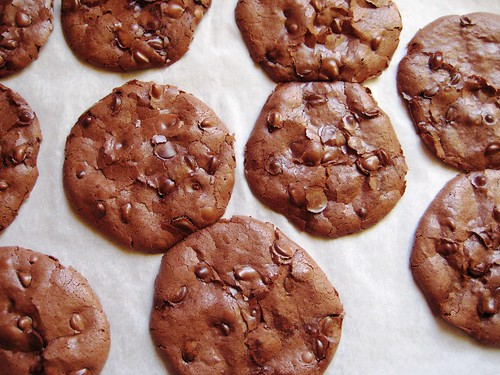 flourless peppermint fudge cookies