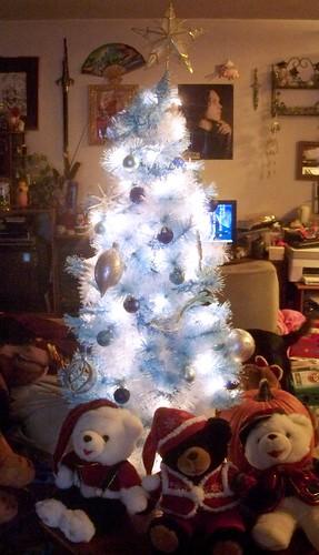 the tree, the bears and the christmas pumpkin