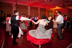 1372 - Dancing