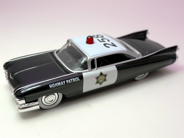 jada toys heat '59 cadillac el dorado police 2 (3)