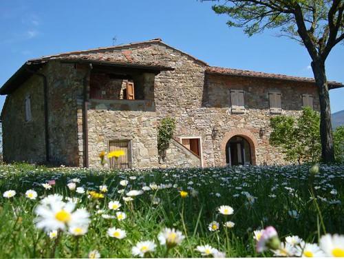 Tuscany farmhouse