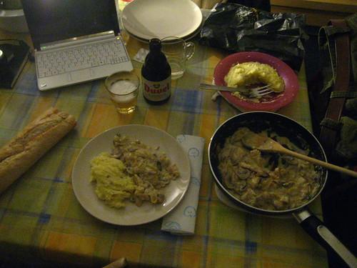 Bacallà amb salsa Duvel i pure de patates