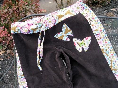 Happy Pants: close up waist/applique