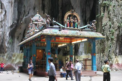 201102180765_Hindu-shrine