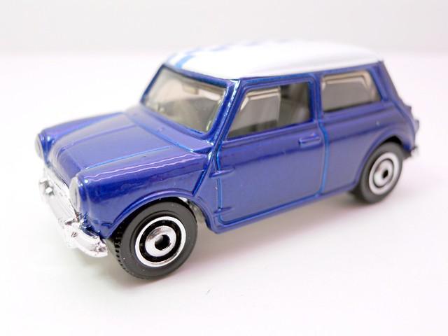 matchbox '64 austin mini cooper s (2)