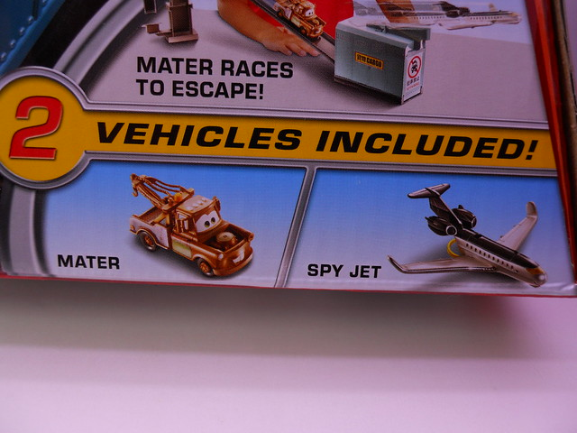 disney cars 2 spy jet escape track set (2)