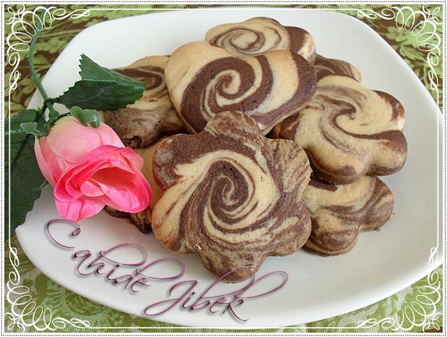 ebruli kurabiye