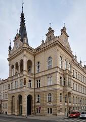 Nusle (Praha 4), čp. 500, Táborská 30, radnice