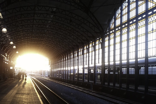 Waiting for the train; Holland Spoor