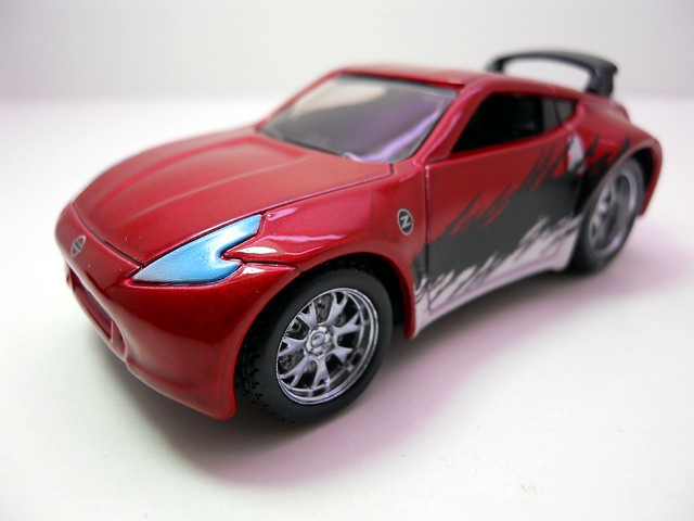 maisto custom shop fifty 5's 2009 Nissan 370Z (2)