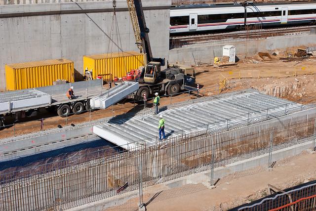 Triángulo ferroviario - Colocación de vigas - 28-03-11