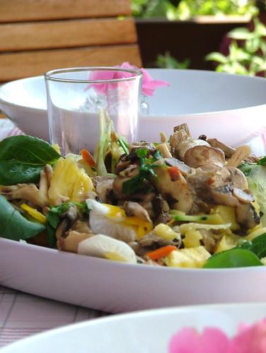mushroom and pineapple salad with toasted parsley and bread crumbs- insalata di funghi e ananas con prezzemolo e crostini di pane tostato