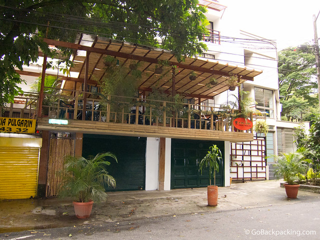 Casa Kiwi hostel is located a few minutes walk from Parque Lleras.
