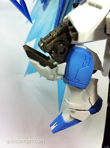 Building MC RX-93-2 Hi Nu Gundoom Gundam (31)