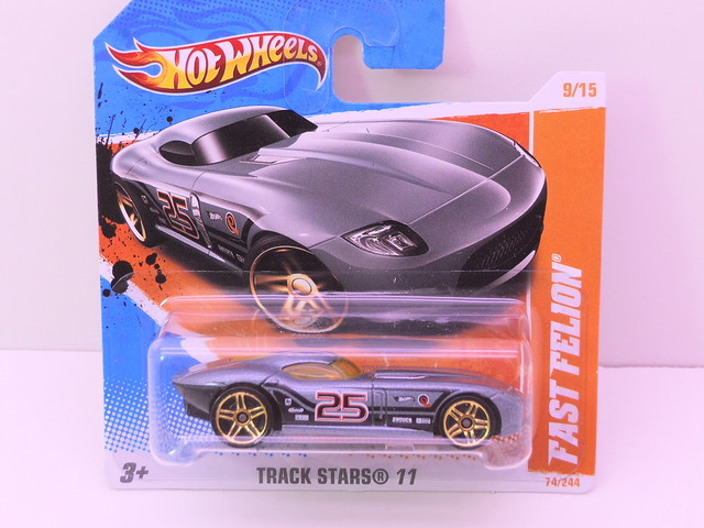 hot wheels fast felion (1)